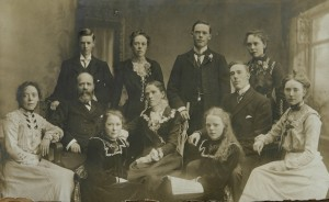 1902 William, Margaret McLean and family