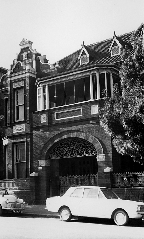 East Melbourne, Gipps Street, 144, 1970c, 12, Fanecourt, Torrington