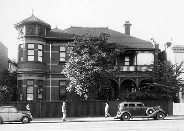 East Melbourne, Wellington Parade, 166, 1948c, 10