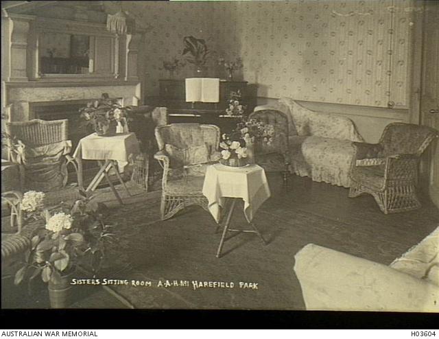 Nursing sisters' sitting room 1AAH Harefield (AWM HO3064)